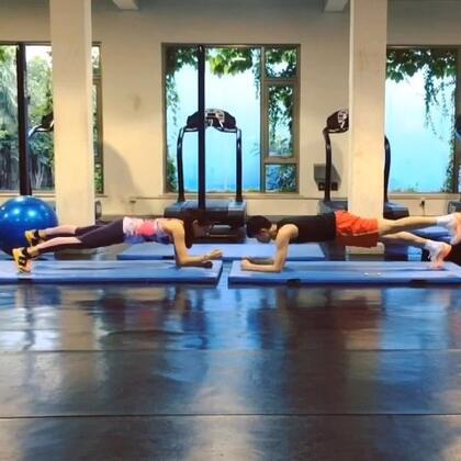 Plank training 👋👋👋👋👋