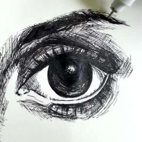针管笔眼睛