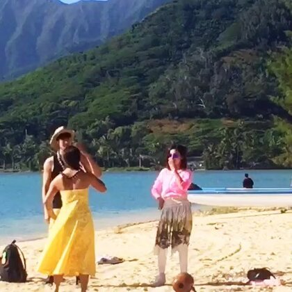 夏威夷风情草裙舞.💃跳舞就是这么自信😼@伊一