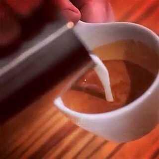 开锅咯,来学做展翅的天鹅吧😷😷😷咳咳咳…感冒真难受#咖啡拉花##咖啡##咖啡厅#@小囹_ @杰柏森