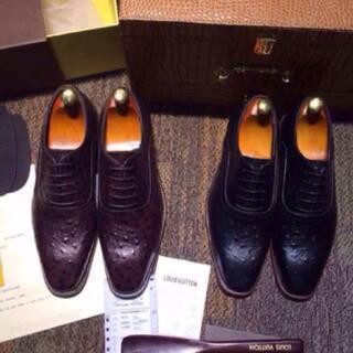 广州高仿奢侈品鞋子包包批发商行经销批发的男女休闲鞋、运动鞋、正装鞋、凉鞋拖鞋畅销消费者市场,在消费者当中享有较高的地位,公司与多家零售商和代理商建立了长期稳定的合作关系,以多品种经营特色和薄利多销的原则,赢得了广大客户的信任。#奢侈品##鞋子包包##招代理##微信货源#代理微信875115248