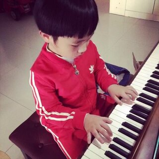 #小小钢琴家#早起回味下下😝