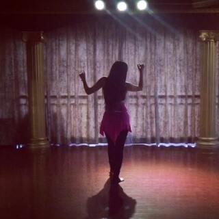 #舞蹈##速度与激情7##see you again#听这首歌有种莫名的伤感 solo一段 用肢体表现内心情感!