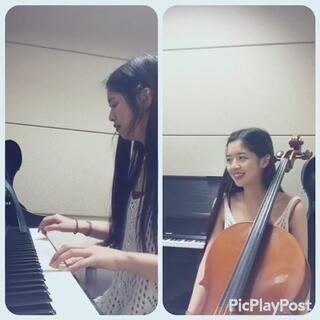林俊杰的《她说》的前奏,钢琴和大提琴片段,一个人完成了,第一次拼视频很不容易…求鼓励!#60秒美拍##美拍才女集中营##林俊杰#