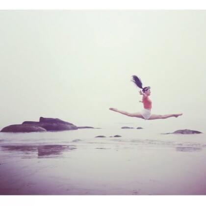和我一起去海边跳舞#照片电影##在路上##微笑##舞者#🙅💁🙆✨✨✨✨✨😜😜😜😜