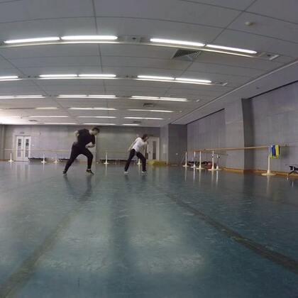 我的新目标就是要成为奥冠里跳舞最好的!哈哈哈😄