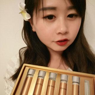 #晒晒自己的化妆品#香港LAXKA试管面膜,金管,淡化痘印斑点,修复皮肤粗糙,熬夜皮肤老化,保湿。