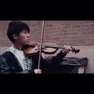 《LOSER》—#BIGBANG# 小提琴🎻Cover!今天是520,来个高逼格的,绝对让你中毒!(完整版已经上传微博:tonaki唐艺贤,请大家到我微博点赞,给我520个赞吧)#一起唱loser##男神##我要上热门#