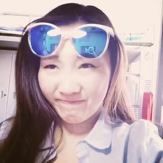 #眉毛戴眼镜#眼镜太紧了吗😂