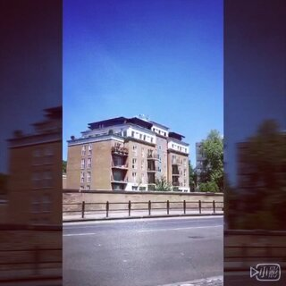 #一分钟一座城##伦敦#@刘阳Cary @刘阳Cary干啥呢 街头表演还有好多好多好多,一分钟都不够