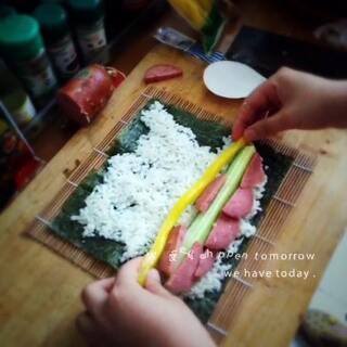 姐姐做的紫菜包饭#美食##下厨##我是吃货我自豪#