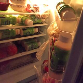 #我最爱的饮料##美拍表情文##周二#被老爸说我堆了一冰箱的细菌【乳酸菌好吗】😂