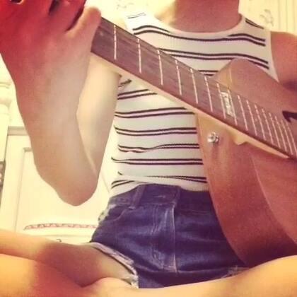 #唱歌##吉他弹唱#《漂洋过海来看你》💕