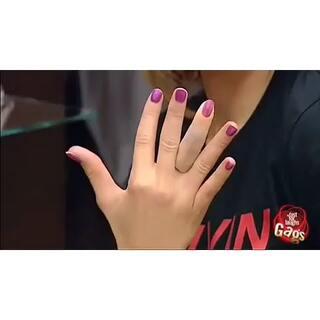 #整蛊##最近最搞笑的视频#切断手指👋✨#搞笑整蛊##国外#