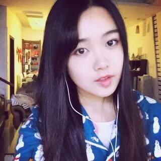 #周三##韩语歌##晒睡衣#无视我穿的睡衣😂😂😂哈哈。。