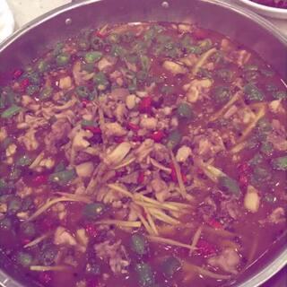 #食堂黑暗料理争霸赛#怎么吃我都不会胖,喜欢大自贡的兔🐰肉