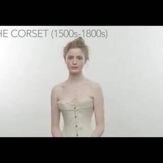三分钟带你看懂bra的百年变化历史,这个视频系列终于出到bra了,之前有发过女装,睡衣和发型的大家也可以看一下~不过我为什么更喜欢早期的内衣款式?~#美妆时尚##热门#
