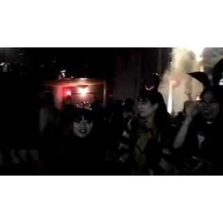 #大坂环球影城#夜间活动开始啦,小心僵尸哦,超级恐怖😱😱😱😱#用生命在玩cosplay##日本#