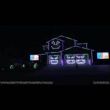 #涨姿势#碉堡了房主!把屋子改造成了万圣节灯光秀