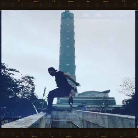 【十三Film影视工作室美拍】#跑酷环球旅行#台北随拍,继续#...