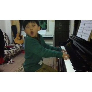 练琴小插曲(匈牙利舞曲(5))这孩子疯了#音乐##钢琴家##小小钢琴家🎹##钢琴曲##我要上热门#