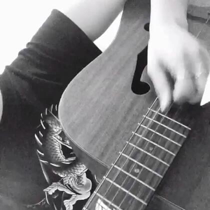 #音乐##吉他弹唱#歌名:헤어지지못하는여자,떠나가지못하는남자—leessang