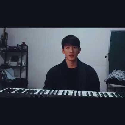 韩国人唱(我的歌声里) #韩国##欧巴##我要上热门##把手套套在脚上##高领自拍##随手美拍##今天穿这样##音乐##男神##蒙面歌王大赛#新年变装大赛