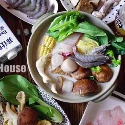 菲仕蘭優質牛奶海鮮鍋 - 牛奶鍋高湯製作~ 天氣冷鍋物盛行,如何在家做出餐廳等級的牛奶鍋??? #美食#