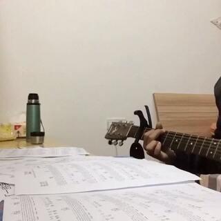 #吉他弹唱##随意唱#当你老了😔