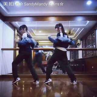 #舞蹈##00后舞蹈大赛##防弹少年团# 🌹抱歉讓大家久等啦❤❤兩個army寶貝送你們🎉喜歡的朋友幫忙按贊👍和分享哦🌹🌹🌹歌名→BTS-RUN