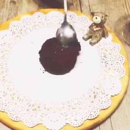 首先我们是非专业吃货,只是看到喜欢吃的东西就瞎捣鼓捣,纯属个人爱好,都是一些很简单的家庭烹饪教程#自制甜点##直播吃饭##瘦给你们看!#
