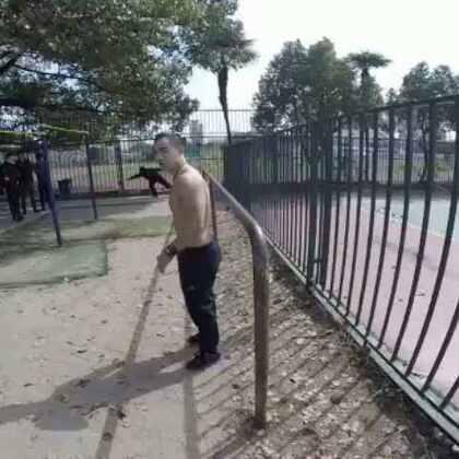 上海街头健身