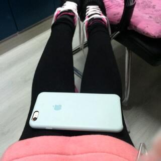 #iphone6腿#腿还是粗了点(。•ˇ‸ˇ•。)