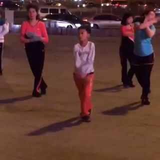 #宇宙最强广场舞#现在的孩子都那么多才多艺