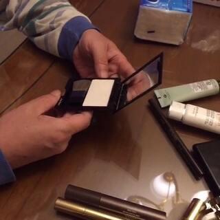 #男朋友觉得你的化妆品多少钱#因为木有男朋友😭所以我和老爸拍的😂😂😂老人家有些猜的还挺准😳😳😳