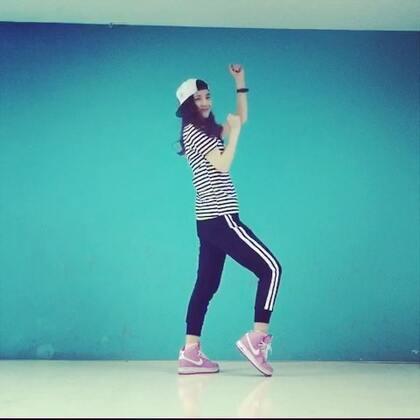 ✨你最完美-mamamoo✨#舞蹈#跳到最后还是没能记住动作😂懵逼好久。微博👉http://weibo.com/u/1891128203