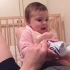 家有只二货爸比和逗比宝宝😃 #宝宝##搞笑宝宝##逗比爸爸#