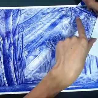 OY圆珠笔画·梦幻森林 历时20天,终于完成。居然录了105g的视频!全程录了70小时(4200分钟)左右,最后剪辑成了这个4分钟的视频,希望大家喜欢:)微博有扫描图·欢迎关注 @欧阳鹏杰-OY#手绘##画画##创意##我要上热门#