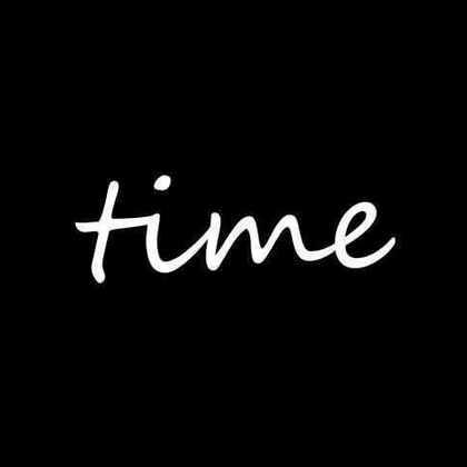 #微电影##时间# 由一个可爱的团队制作 为了福建师范大学传播学院时间影展而拍摄的宣传片 导演15级编导本部游菁钰 ✨