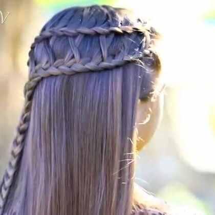 可爱的格子编织发型,清纯系女生特别适合这款,好感度倍增!😍😍#格子编织发型##美妆时尚##清纯唯美##可爱##爱用品分享#