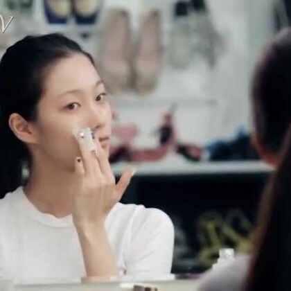 出门前女生要经过哪些步骤和过程?这还算是正常版的呢?!!😨😨#美妆时尚##彩妆技巧##烟熏妆##爱用品分享#