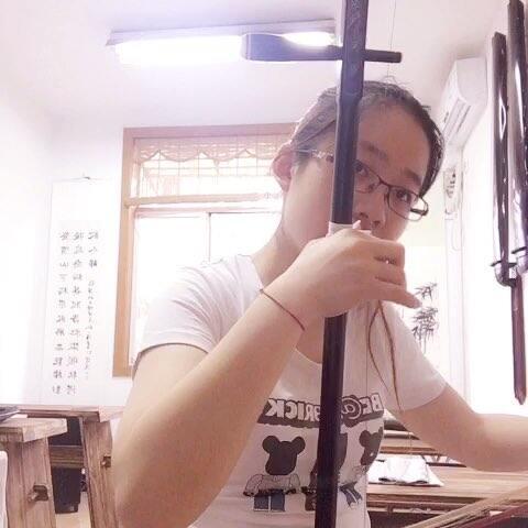 音乐 大鱼 大鱼海棠 的主题曲,好听,特意去网上搜了谱 音乐视频 潘亦