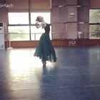太阳下山前即兴一段,好久不跳了,请见谅????#舞蹈##中国古典舞##热门#