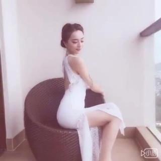 巨乳小泽爱丽丝麻辣诱惑电话动画美女图片