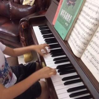 6岁家扬练钢琴##牧民歌唱毛主席