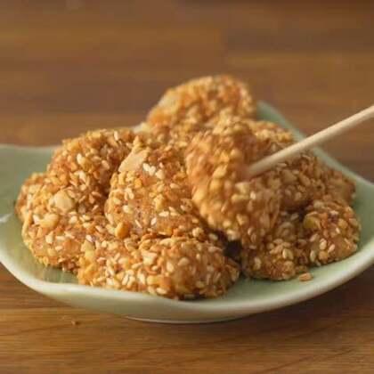街头小吃 中式糯米糍 在家做也很简单 #美食#