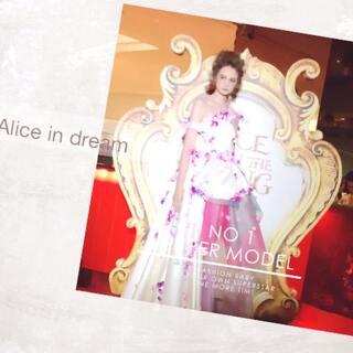#alicethroughthelookingglass #disneymalaysia #esmodkl #gscthegarden #fashionshow #madhatter #redqueen #whitequeen