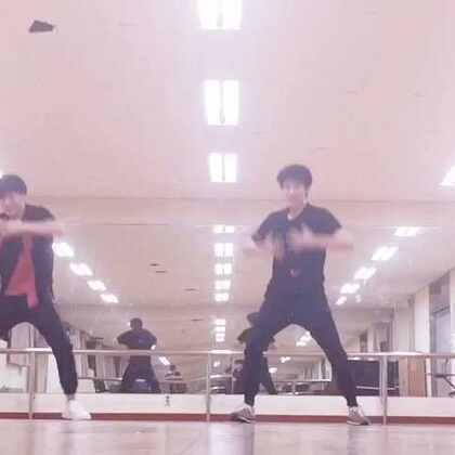 来自#bongyoung park#编舞,跳的好开森。#舞蹈达人#