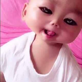 #faceu#轩轩欧巴秒变外星可爱宝宝#美拍表情文##自拍##随手美拍#