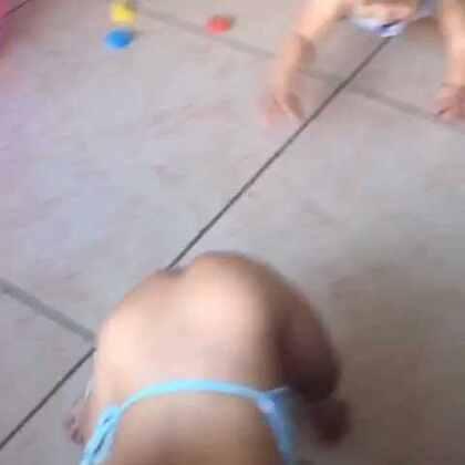 #宝宝#看到好吃的跑的是最快的#随手美拍##5分钟美拍#我以笑不停了